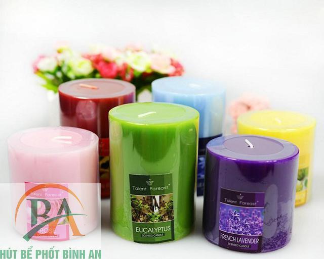 Khử mùi nhà vệ sinh bằng nến thơm