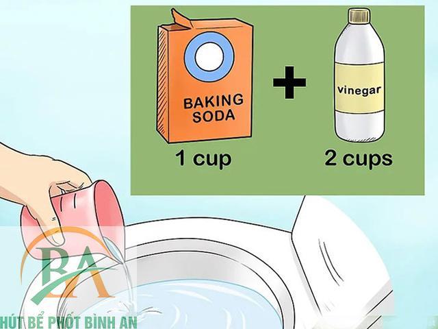 Cách thông bồn cầu bằng baking soda