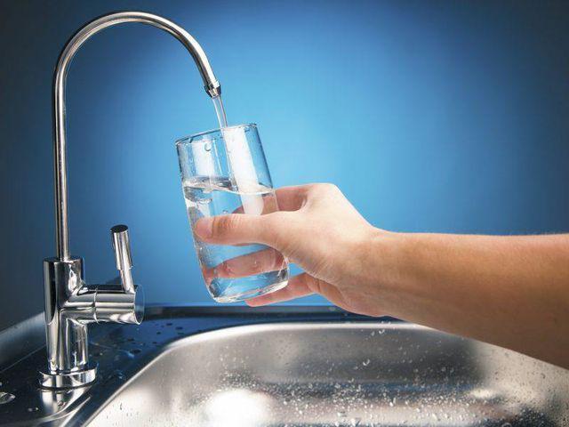 Khử clo dư trong nước máy cực kỳ cần thiết